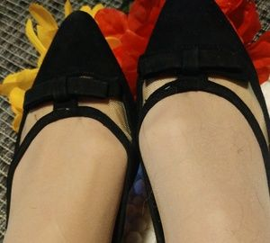 ❗NIB❗BCBG PARIS 👞 BLACK\FRENCH FLATS 👞